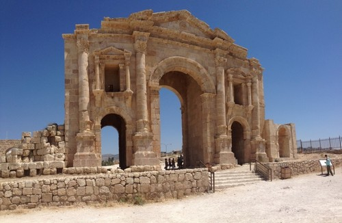 An arch of Hadrian marked the entrance to the city